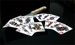 http://www.pokershop.it//comersus/store/catalog/carte/collectable/kilbox3.jpg